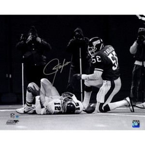 Lawrence-Taylor-Autographed-Sack-over-Randall-Cunningham-Horizontal-BW-16x20-Photo--TAYLPHS016025~PRODUCT_01--IMG_1200-710693051