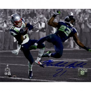 Malcolm-Butler-Signed-Superbowl-49-INT-Spotlight-8x10-Photo--BUTLPHS008006~PRODUCT_01--IMG_458-59612372