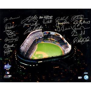 New-York-Yankees-MultiSigned-1999-WS-Celebration-16x20-Photo-19-SignaturesMLB-Auth--YANKPHS016203~PRODUCT_01--IMG_1200-1688643994